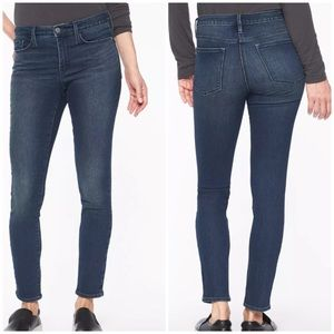 Athleta Sculptek Skinny High Rise Stretch Jeans